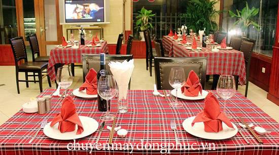 Khăn trải bàn nhà hàng